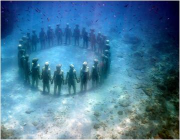 Underwater Sculptures: Jason deCairs Taylor.
